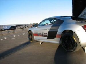 Audi R8 5.2 — Sports Car O the Year!